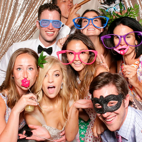 photo booths for weddings and parties
