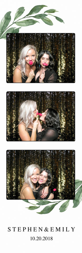 gold glitter backdrop minnesota photo booth rental
