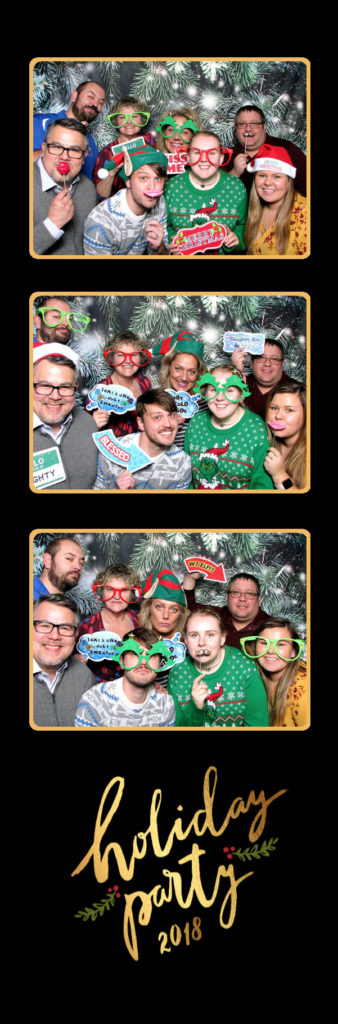 large group photo booth christmas minneapolis