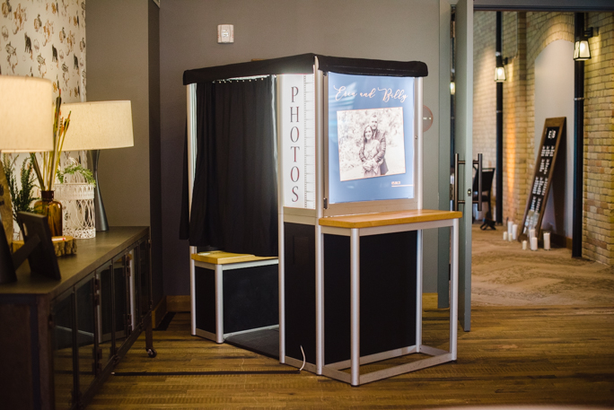Traditional enclosed photo booth rental